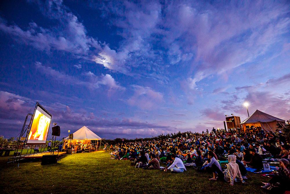 星降る街の映画祭