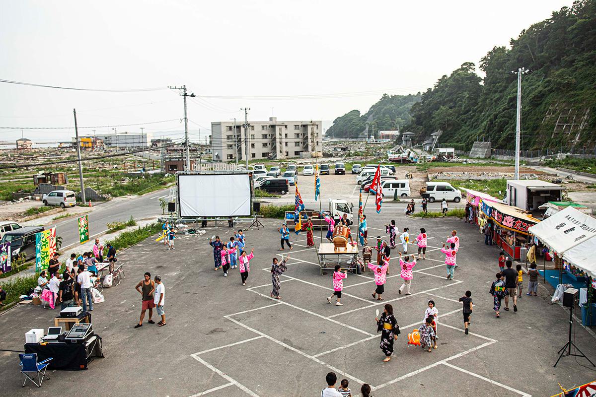 東日本大震災ボランティア野外上映